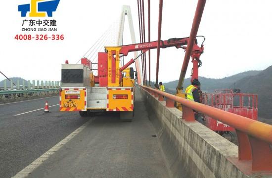 桥梁的维修与加固